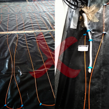 """This is one case when an investor asked for our opinion before the floor was covered. The heating cables are insufficiently attached, the clips are too far apart, and the cable is """"floating"""" on the floor. If the screed had been poured, the cables may have come into contact with one another or even crossed, which would have led to the overheating and interruption of the cable. In the right half of the photo, there are loose cables in the immediate vicinity of the floor probe gooseneck, which would have..."""