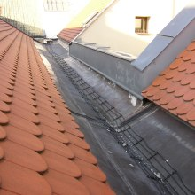 Roof valley with Ecofloor heating cable